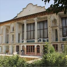 بررسی معماری خانه امام جمعه در تهران